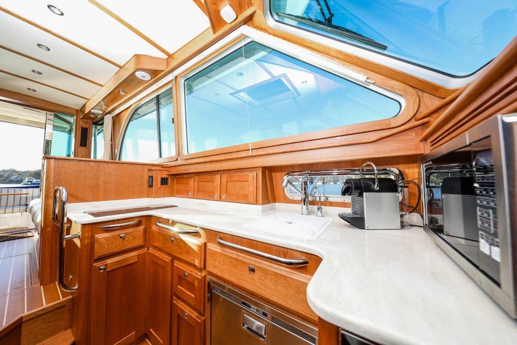 sabre-yachts-salty-dingo-2019-cg-5891-1024x683