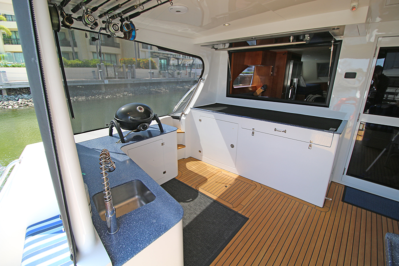 Aft-Deck-Galley-Window