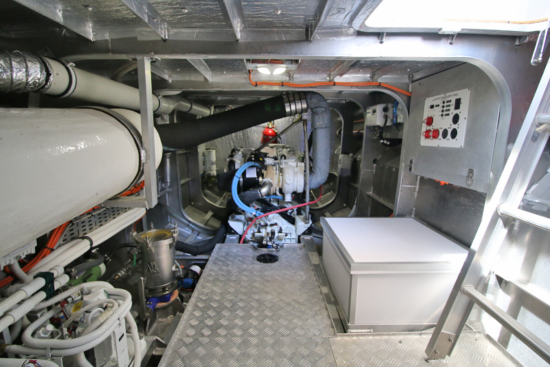 Engine-Room-Port