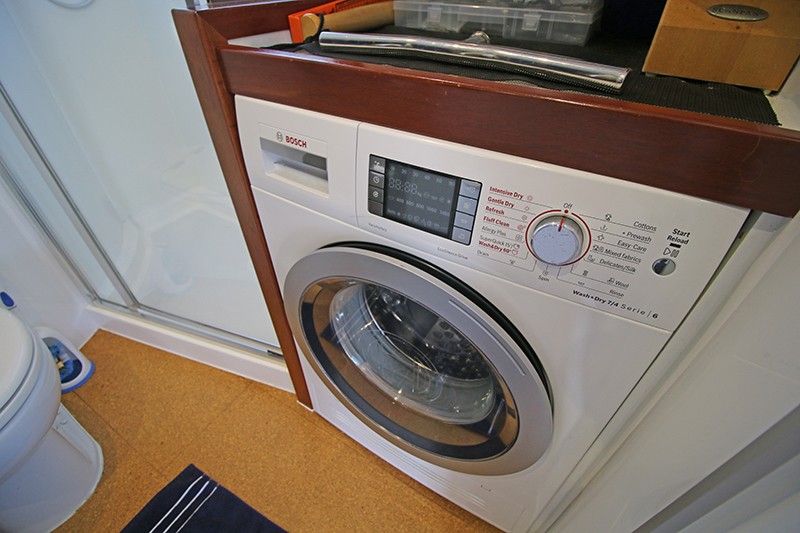 Washing-Machine-and-Dryer