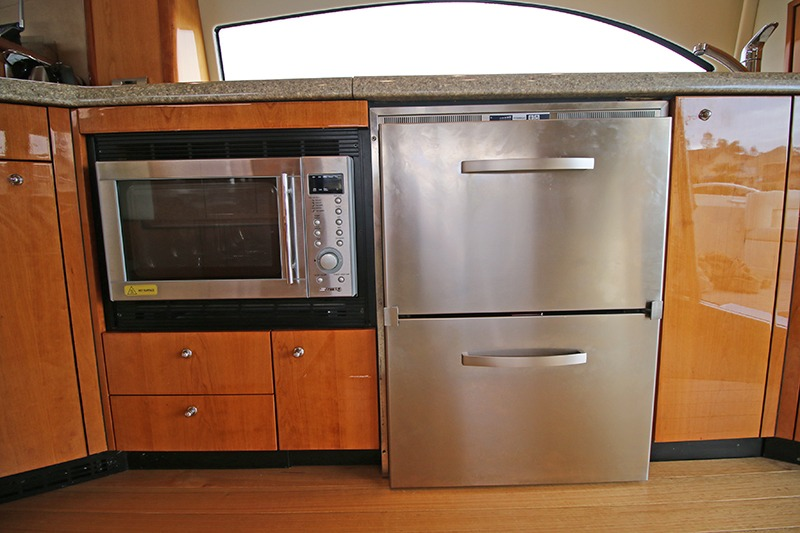 fridge-and-convection-microwave